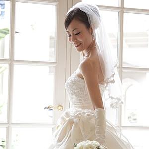 寒がりさんの結婚式の服装、冬でも暖かでお洒落にキマル7つの方法