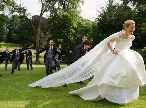 花嫁さんに聞いた、結婚式の余興でやってくれて嬉しかったこと7つ