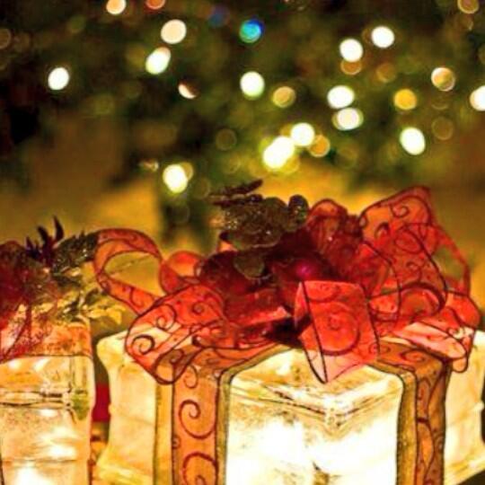 結婚式の二次会、余興用のプレゼント選び7つのポイント