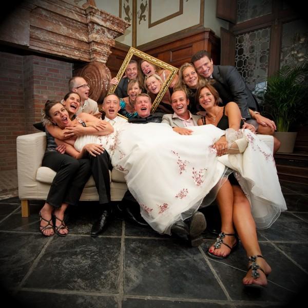 結婚式にストールを着けるときのお洒落な7つの巻き方