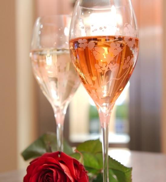 結婚式の乾杯の挨拶、一生心に残る感動的な9つの例文
