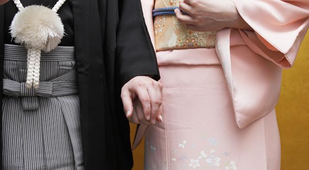 結婚式の服装、親族として参列するときに気を付けたい7つのこと