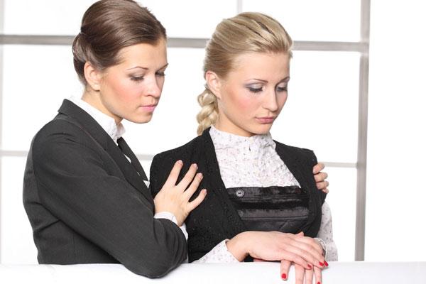 お通夜の服装、女性の装い注意すべき7つのこと