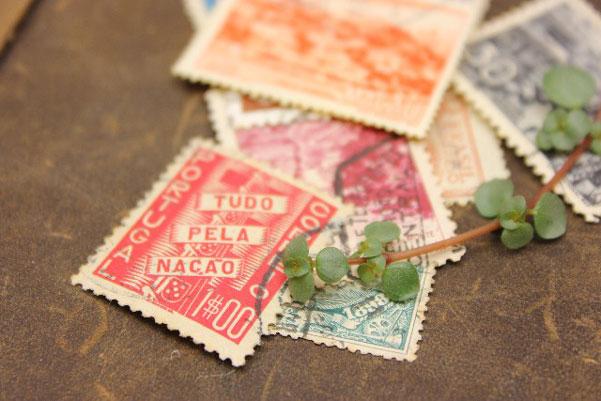 結婚式の招待状に使う切手を上手に選ぶ7つの方法