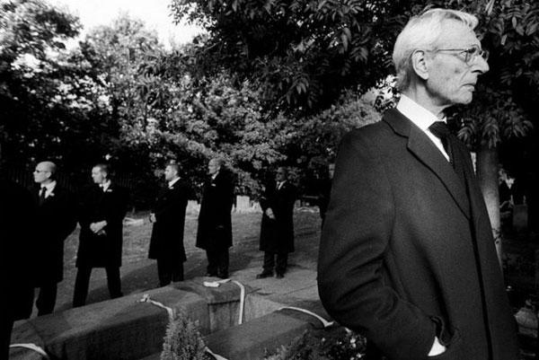 喪主挨拶の数ある文例に共通する7つの必須事項