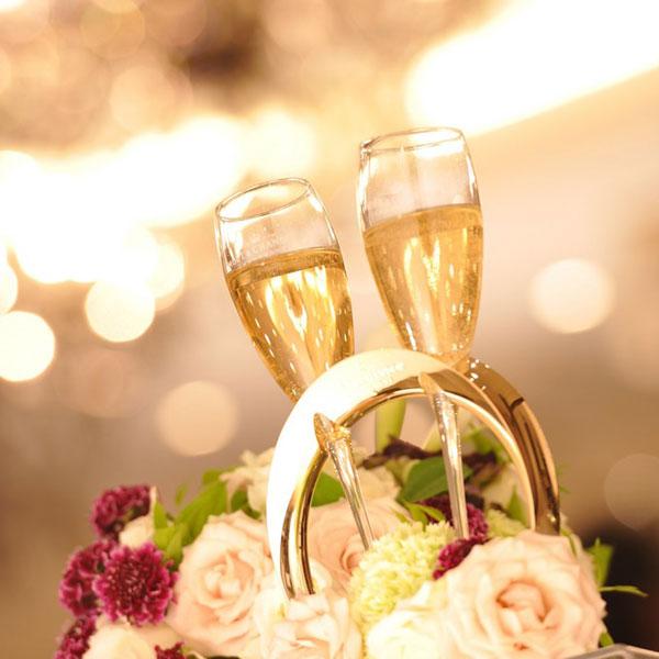 結婚式の乾杯の挨拶、短くても会場を盛り上げる7つの文例☆