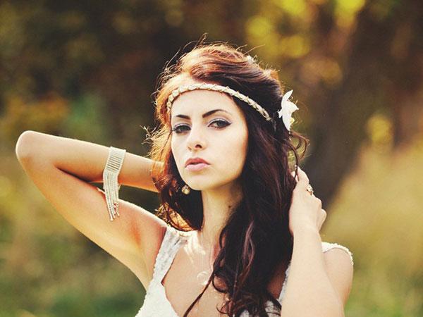 結婚式のハーフアップをより素敵に見せるヘア小物10選♪