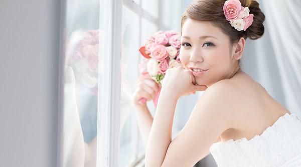 結婚式の二次会のドレスにかかる費用を安く抑えるための7つのコツ☆