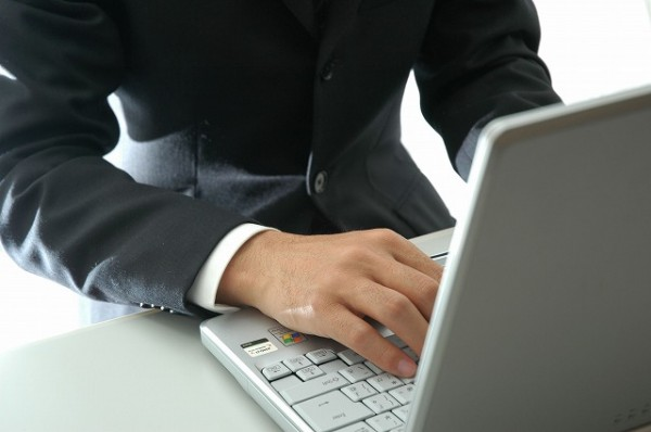 >就活で会社訪問をお願いする際のメールの書き方、7つの基本例文