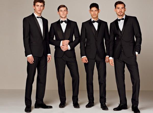 結婚式の服装で男性が気を ...