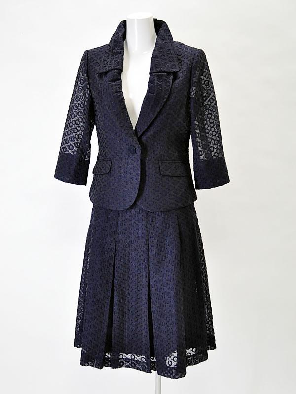 50代女性にぴったりな結婚式のスーツを選ぶ7つのポイント