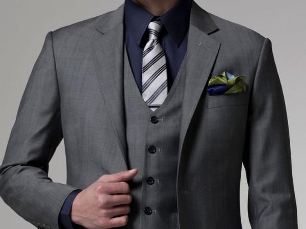 結婚式の服装で男性が最も注意するべき7つのポイント☆