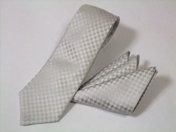 結婚式のネクタイにふさわしい色柄の選び方、7つのコツ