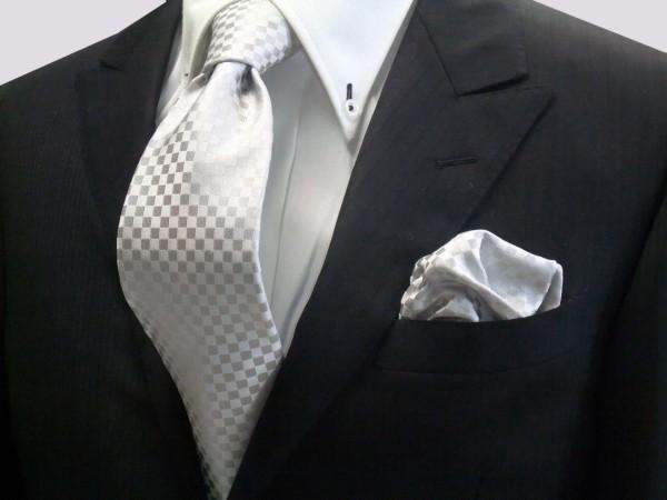 結婚式のネクタイ選び、普段の物を使う際の7つの注意事項