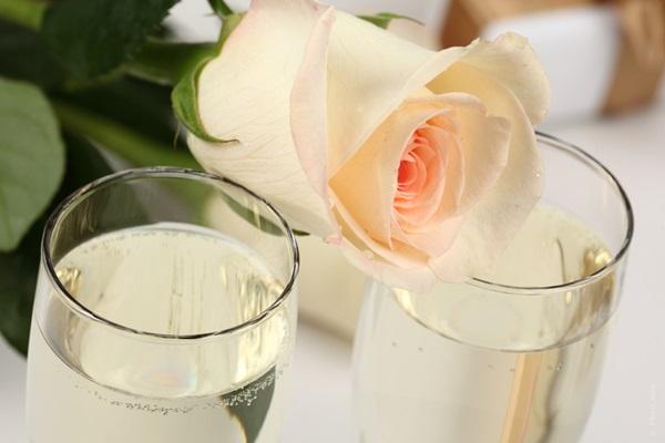 結婚式の乾杯の挨拶で使える7つの文例集