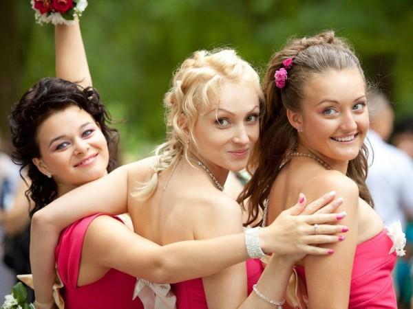 結婚式の余興で、皆で楽しめるものとは