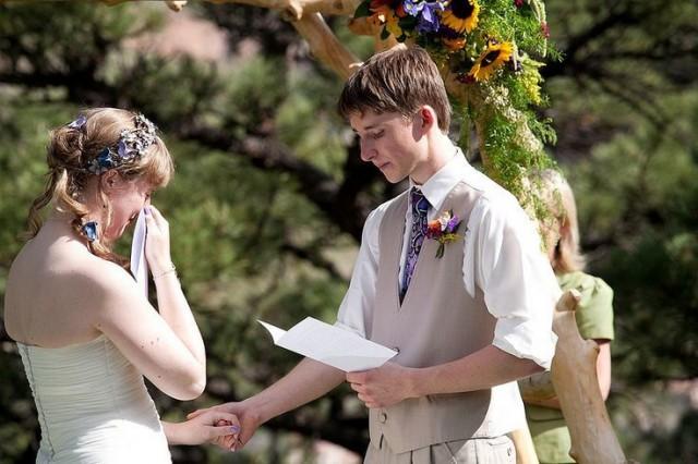 結婚式の余興で感動を呼ぶ!花嫁も感涙のプランとは