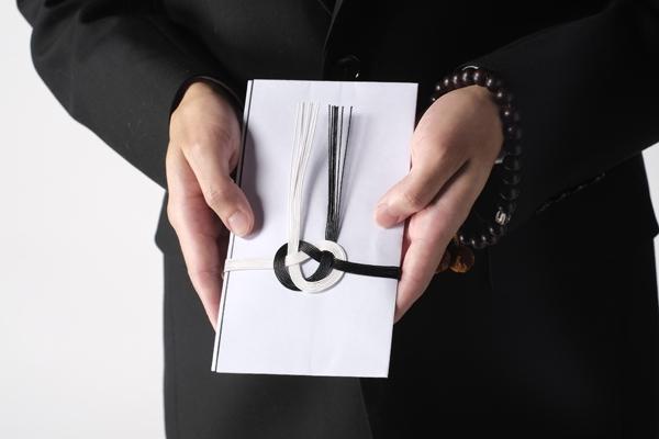香典袋の正しい書き方・金額相場はいくら?7つの基礎知識