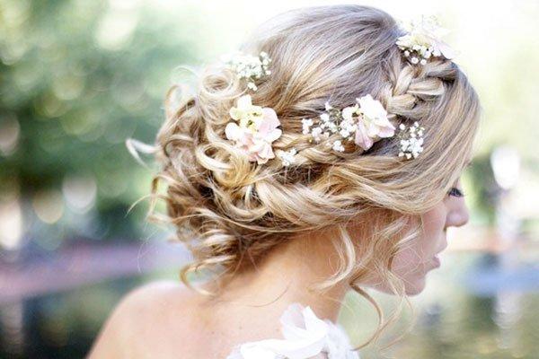 結婚式の髪型を簡単にまとめる☆自分で出来る7つの裏ワザ
