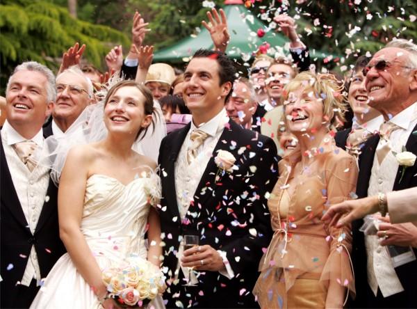 結婚式のゲストドレス☆マナーを抑えたお勧め7スタイル