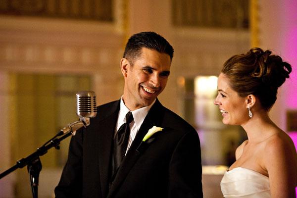 結婚式の新郎挨拶☆感謝の言葉が伝わるポイントとは?