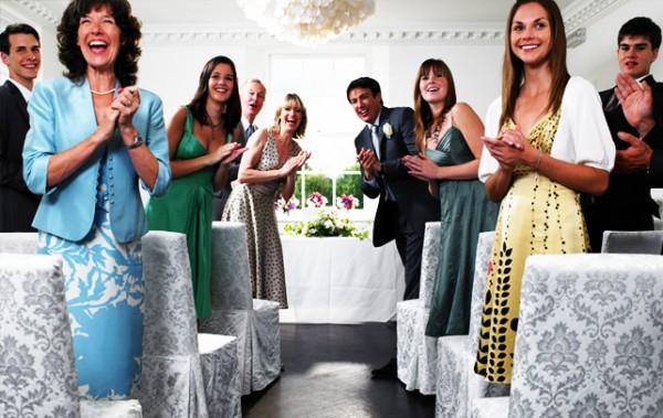 結婚式の服装は?女性が最低限知っておくべき7つのマナー