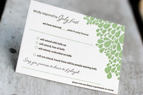 結婚式の招待状!返信メッセージで添えたい文例と心遣い