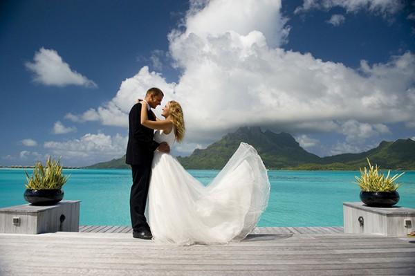 ハワイ挙式の費用を知ろう☆海外ウエディング7つの選択