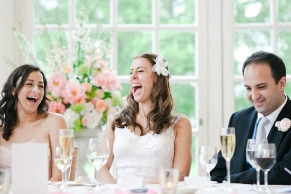結婚のお祝いメッセージ☆電報で贈る面白い7つの文例
