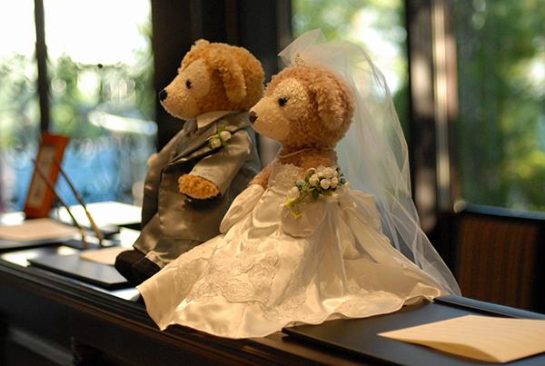 結婚式の受付へのお礼・金額相場や渡し方の基本的マナー