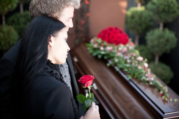 家族葬で静かに送りたい、喪主が決める7つの手順