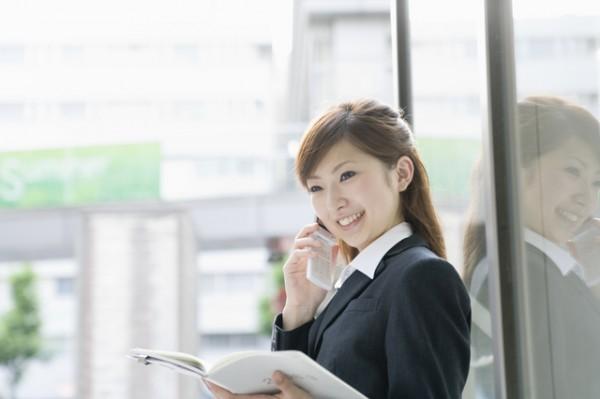 就活の電話マナーは大丈夫?応募の流れと基礎知識