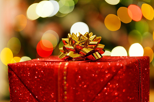 結婚記念日のプレゼント☆妻に贈る際の3つのポイント