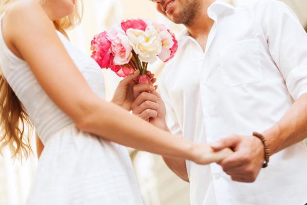 結婚記念日のプレゼント☆喜ばれるお祝いのおすすめギフト