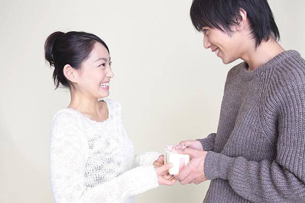 結婚記念日のプレゼント☆感謝の思いが伝わるお祝いギフト