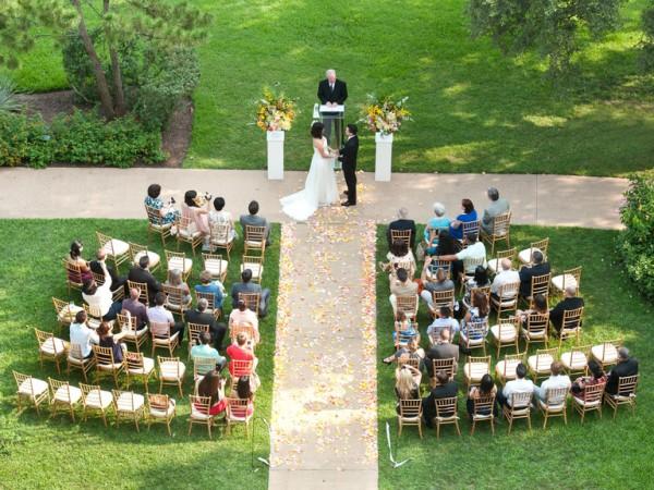 結婚式費用も安心☆家族で祝うスマートウエディング
