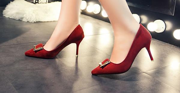 結婚式の靴を選ぶなら☆ウェディングスタイル別解説!