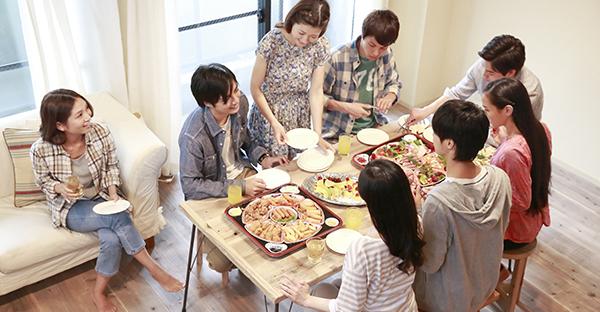 ホームパーティに手土産を☆シーン別人気アンケート