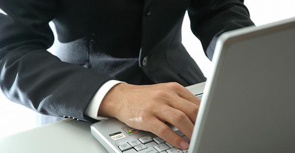 ビジネスメールの返信マナー☆押さえておきたい7つの基本