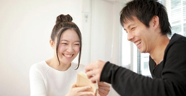 誕生日プレゼントを彼氏に☆初めて選ぶおすすめアイテム