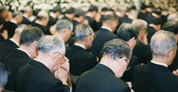 葬儀マナーに迷ったら。参列者が恥をかかない7つの基本
