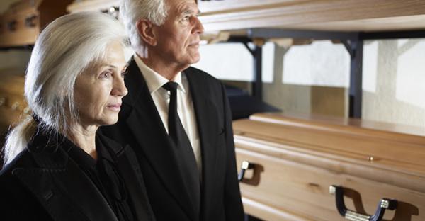 葬儀マナーをおさらい。参列前に理解する作法のポイント