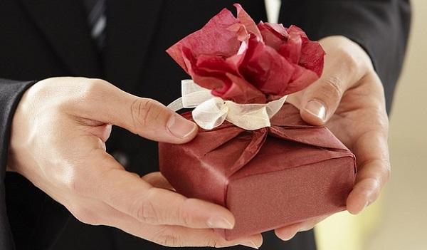送別会で贈る鉄板プレゼントはコレ!絶対喜ばれる品物10選
