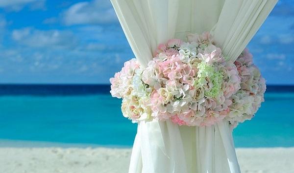 結婚式にかかる費用!少人数挙式から海外挙式まで