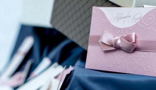 【結婚式の招待状】気持ちを伝えるメッセージの書き方