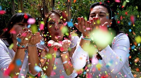 絶対に盛り上がる!結婚式の余興で使えるアイデア5選