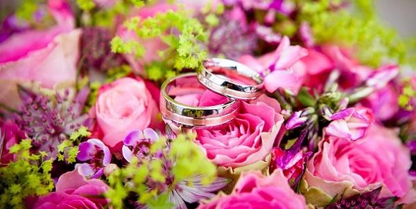 自作エンドロールムービーで結婚式を締めくくる際の注意点