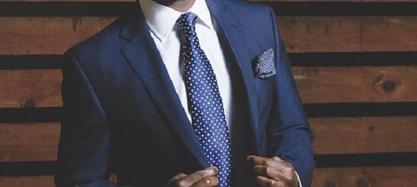 結婚式の服装マナー☆スーツの色で魅せる5つの着こなし