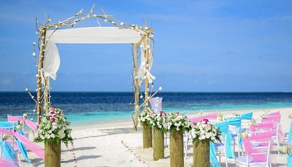 沖縄結婚式☆ゲストも楽しむ服装3つのポイント