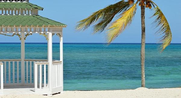 沖縄で結婚式!リゾート婚を大成功に導く5つの術